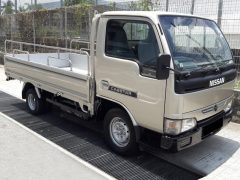 NISSAN Cabstar 10ft